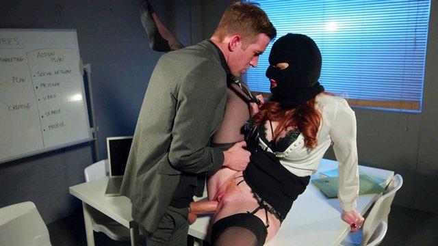 Незнакомец Жена Порно Видео