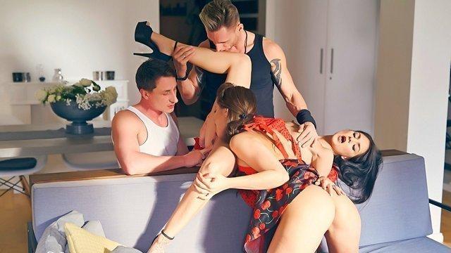 Смотреть Фильмы Онлайн Бесплатно Порно Свинг