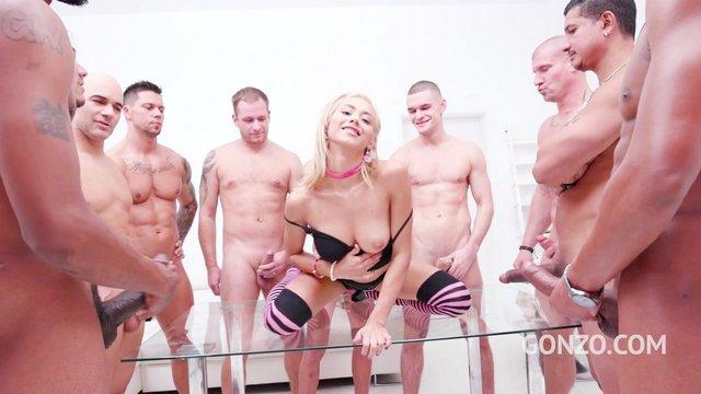 Толпа Мужиков Жестко Трахает Девушку Порно Видео