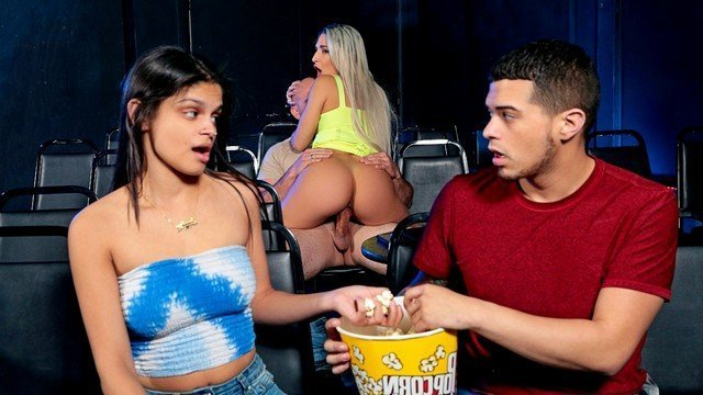 Порно На Публики